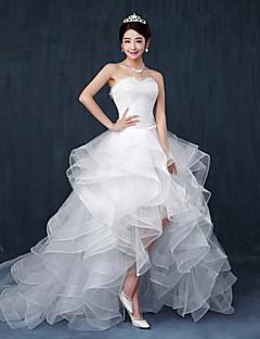 d929627671 A-vonalú Menyasszonyi ruha - Divatos és modern Aszimmetrikus Szív alakú  Csipke / Tüll val